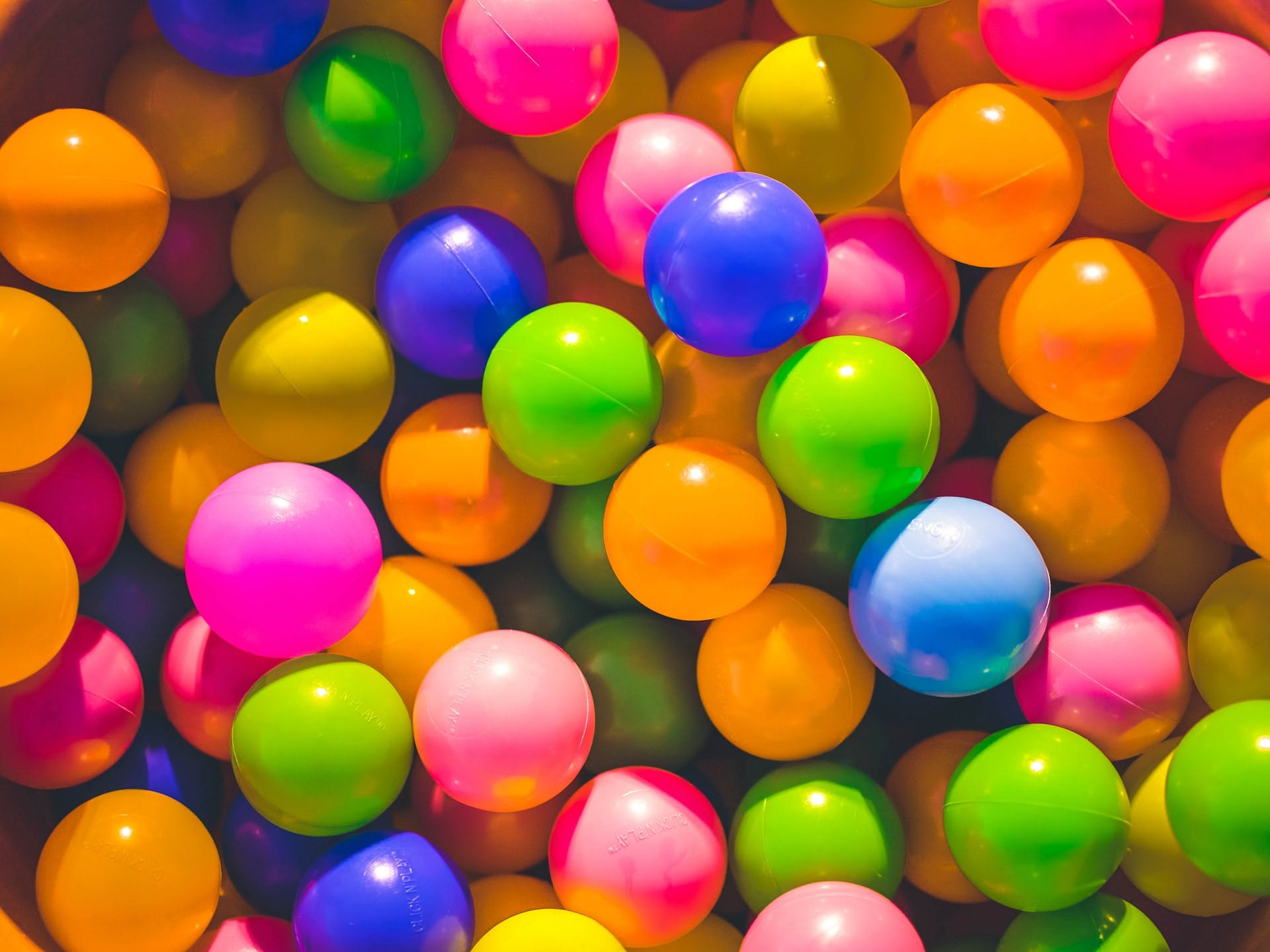 random_balls.jpg