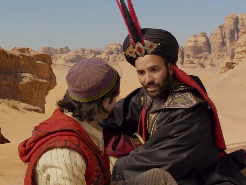Jafar révèle l'identité de Jasmine à Aladdin afin de le convaincre