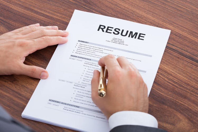 resume-employer-review-pen-2.jpg