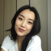 Yuri Lee's photo