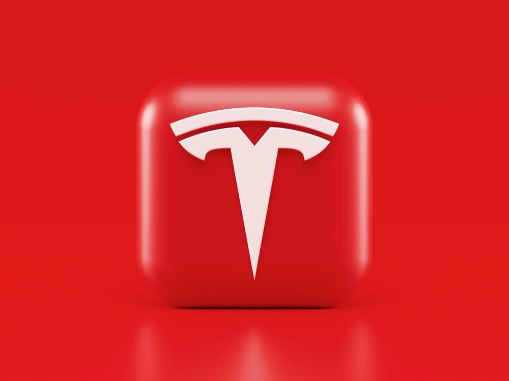 tesla logo begin pic.jpg