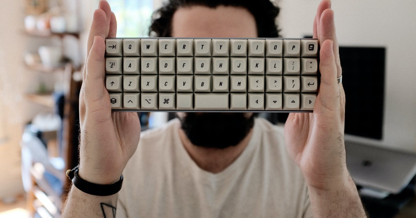 How a 40% Keyboard Could Make You More Productive  ⌨️